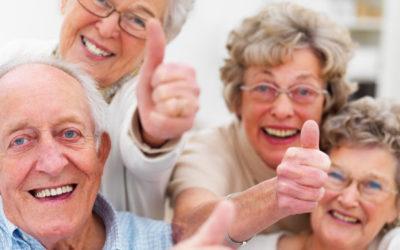 Γηράσκουμε κι έχουμε ανάγκη από φροντιστές ηλικιωμένων