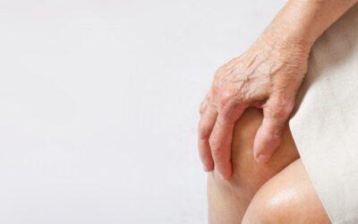 Κίνδυνος άνοιας για όσους πάσχουν από οστεοπόρωση – Τι λένε νέες έρευνες
